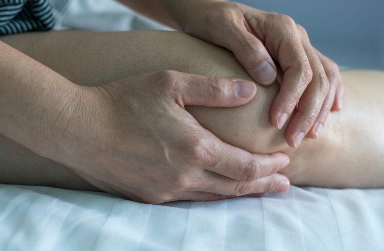 무릎 연골 손상 방치하면 관절염으로 발전하는 이유