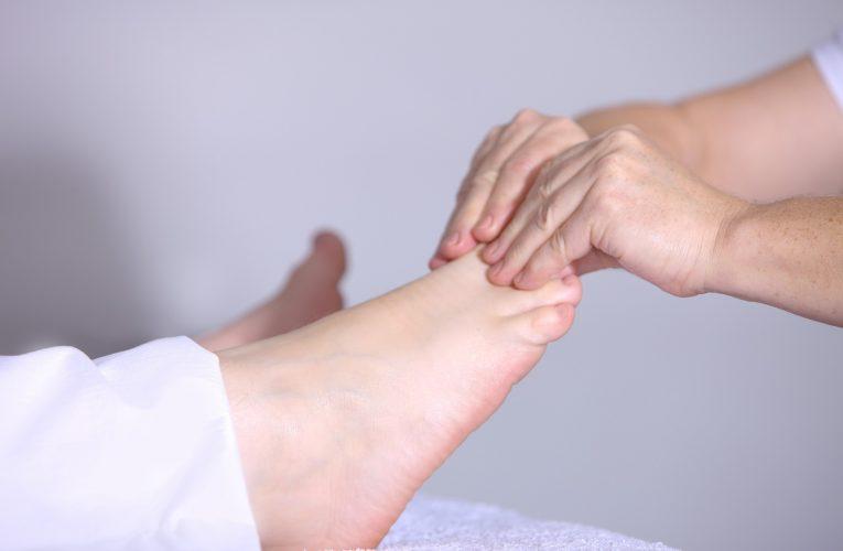 수능 D-10, 두통·복통·허리통증에 좋은 간단 발 지압법