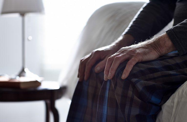 밤과 함께 길어지는 통증, 퇴행성 관절염 겨울나기 방법은?
