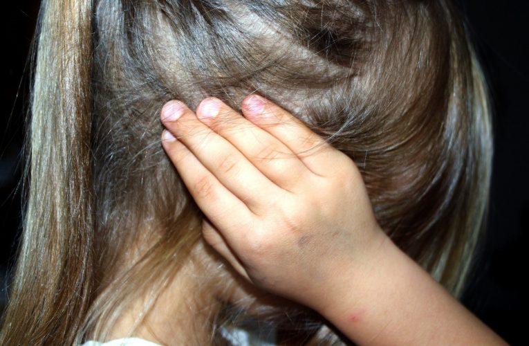 맥박 소리 들리는 박동성 이명, 귀 뒤 정맥 수술로 치료