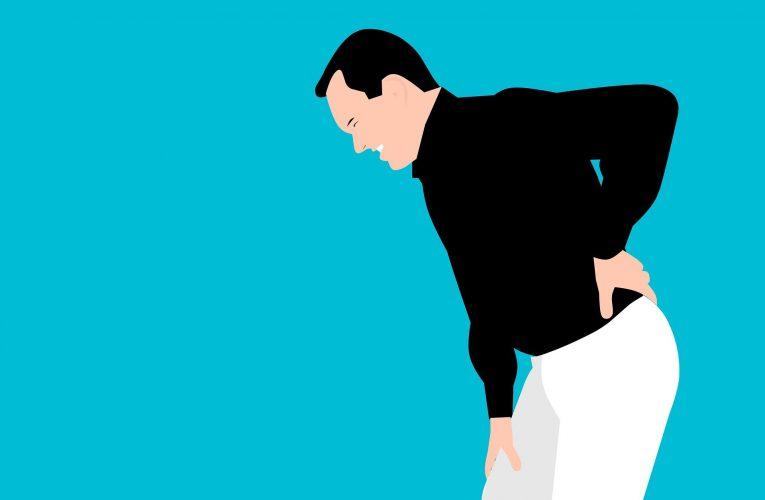 재채기에 툭 부러지는 척추… 뼈 건강 지키는 5가지 수칙